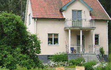 Hus i Berrek - Österfärnebo