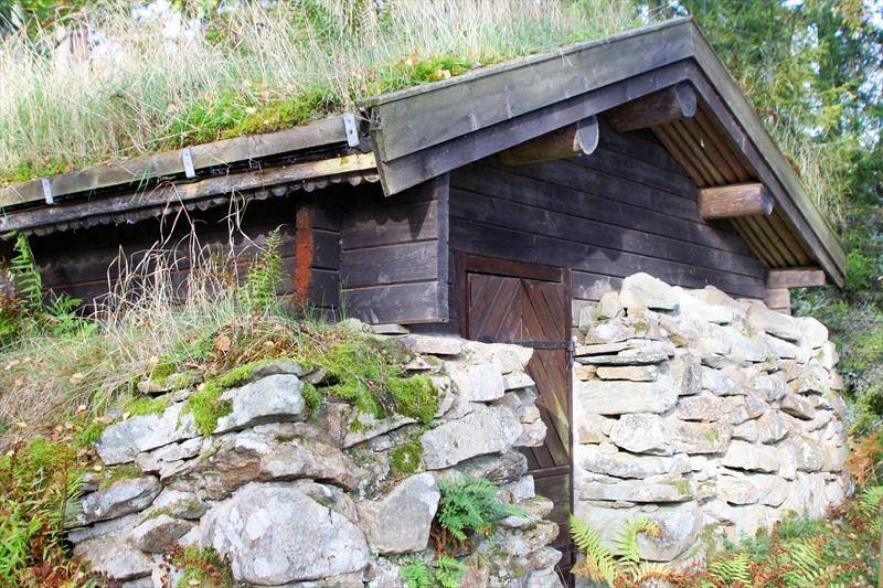 © Målaskogs bygdeförening, Målaskog, Strands jordkula