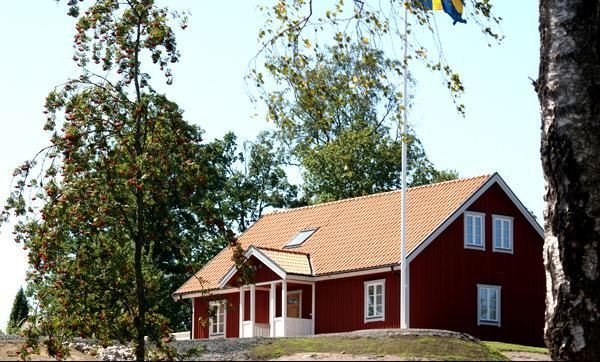 © Hjortseryd, Kyrkebacken