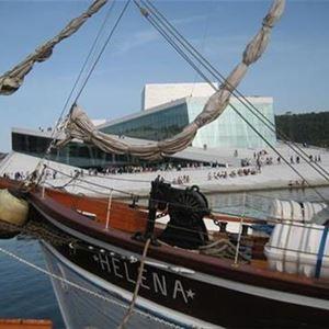 Sightseeingturer med båt