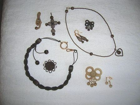 Myran's Crafts and Souvenires