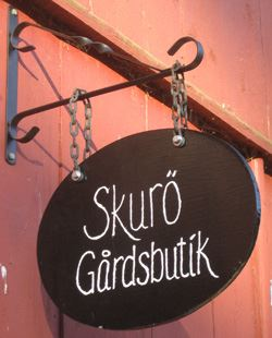 Skurö farm shop, open farm