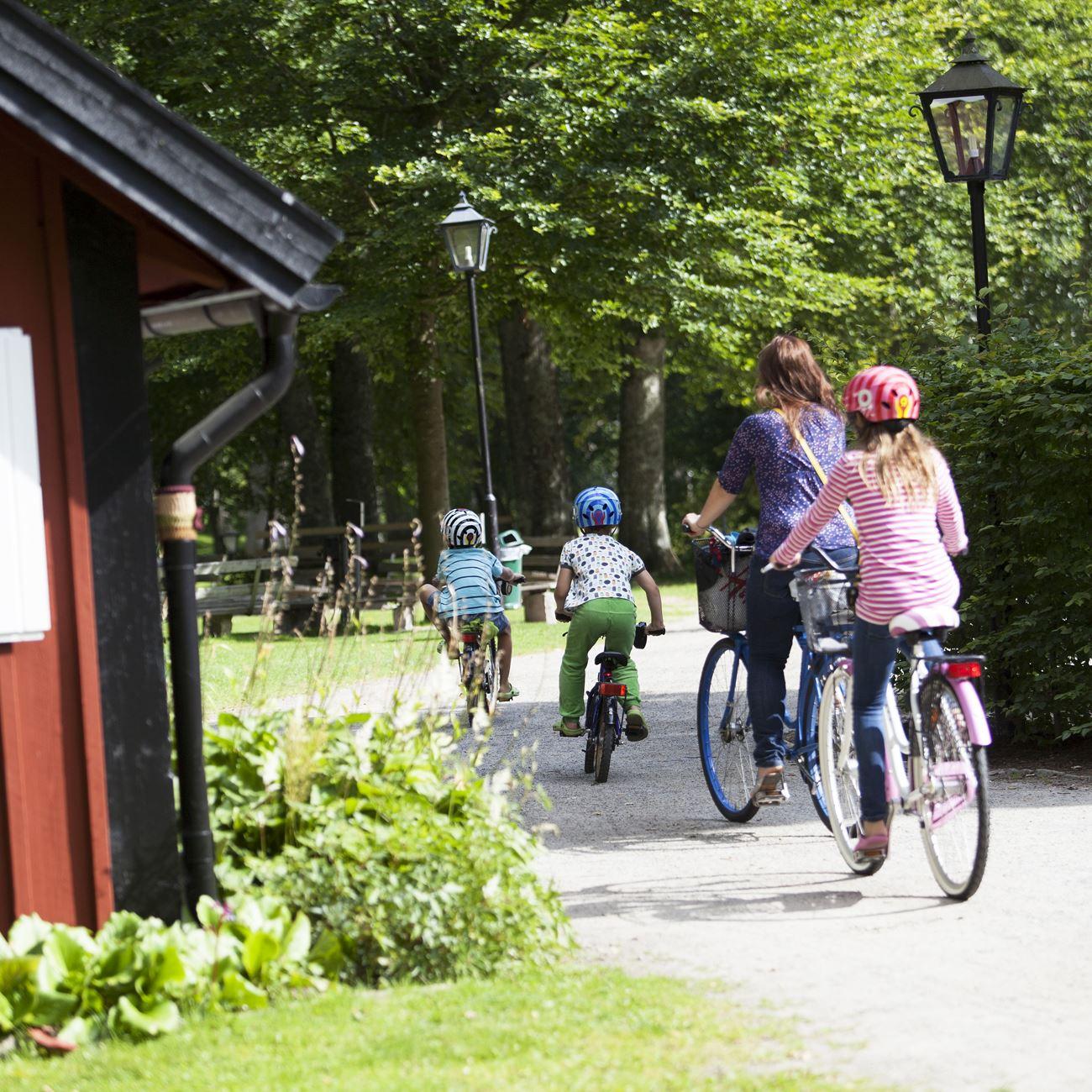 Smålandsbilder.se,  © Värnamo Näringsliv AB , Rent a bike at Svantes Cyklar