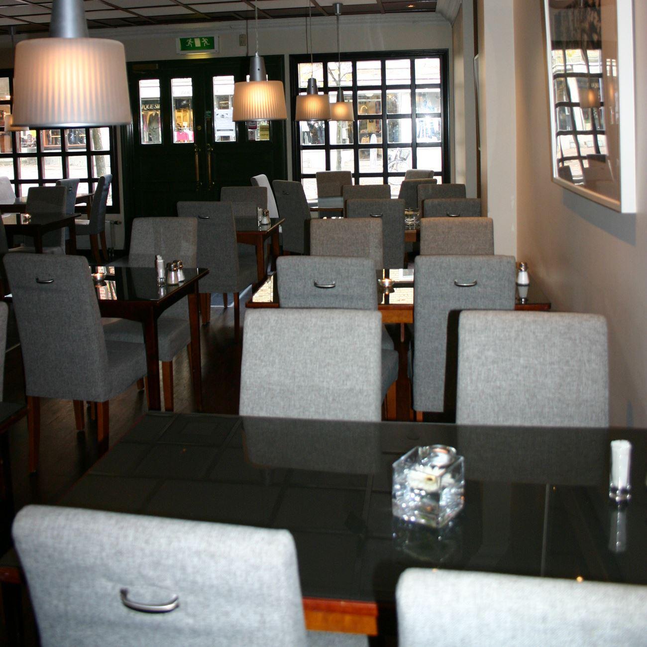 Stadt Bord & Bar