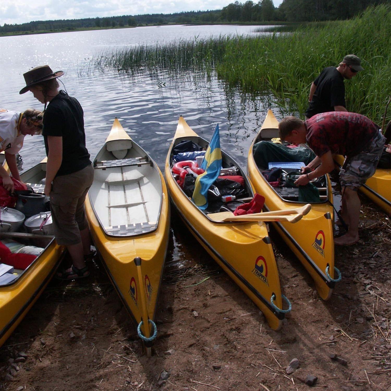 Foto: Adventure of Småland,  © Värnamo Näringsliv AB , Kanoting i Vrigstadån