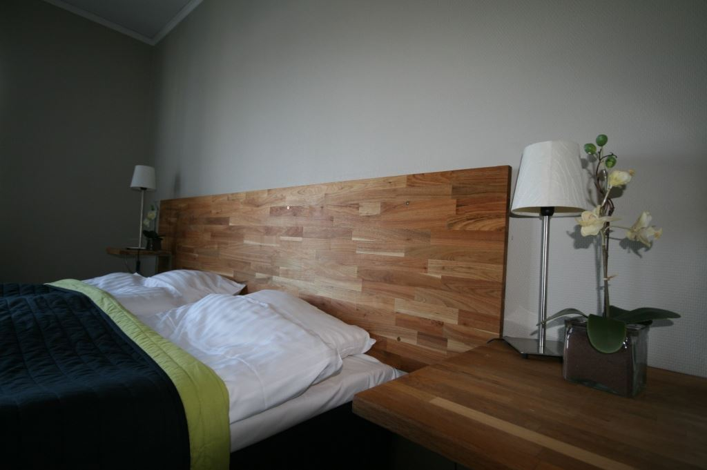 Örnsköldsvik/Veckefjärden, STF Hotel