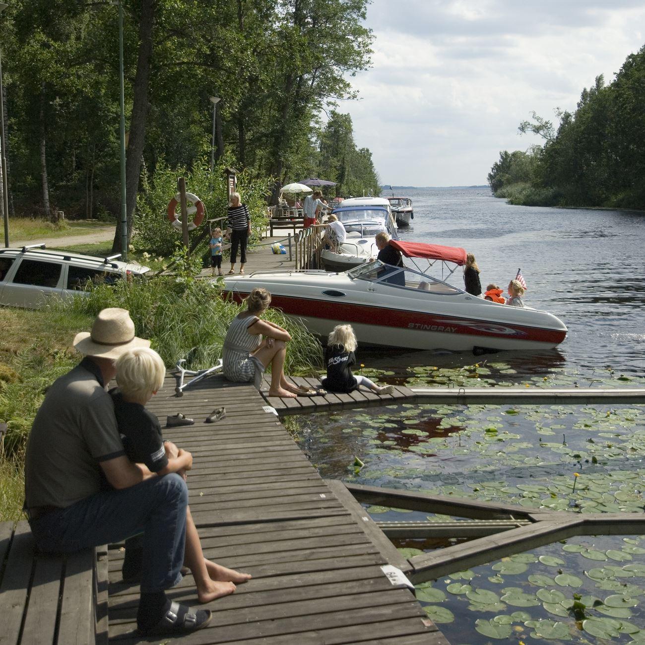 Foto: Smålandsbilder.se,  © Värnamo Näringsliv AB , Småbåtshamnen vid Osudden