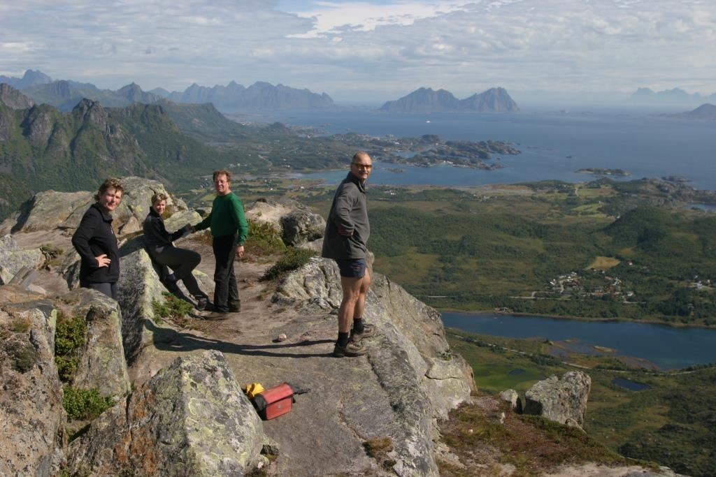 Hiking in Lofoten - Lofoten Aktiv