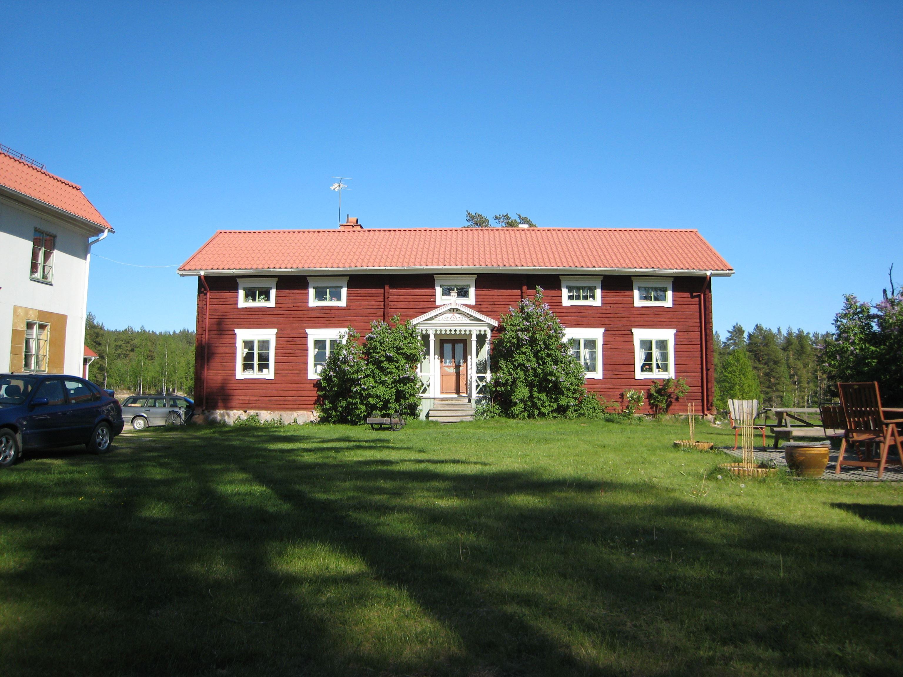 Bo på Hälsingegård Hisved i Långhed