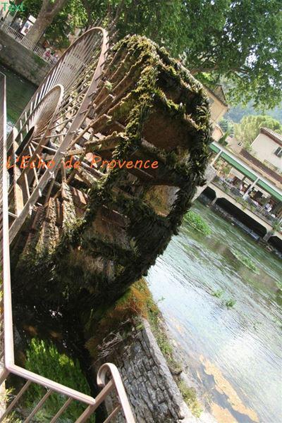 Excursion Pont du Gard- Les Baux - Gordes - Roussillon - Fontaine de Vaucluse - L'ECHO DE PROVENCE