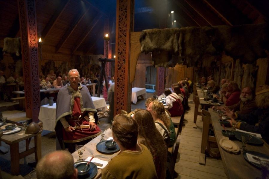 © Lofotr Viking Museum, Viking feast & Nothern light