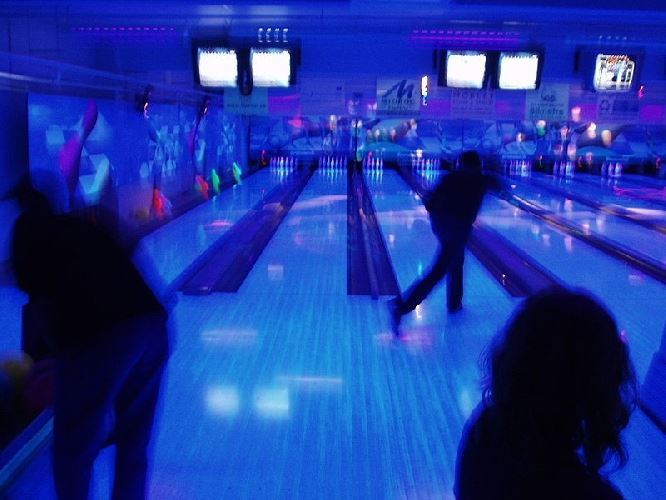 Bowling - Cyber Zone