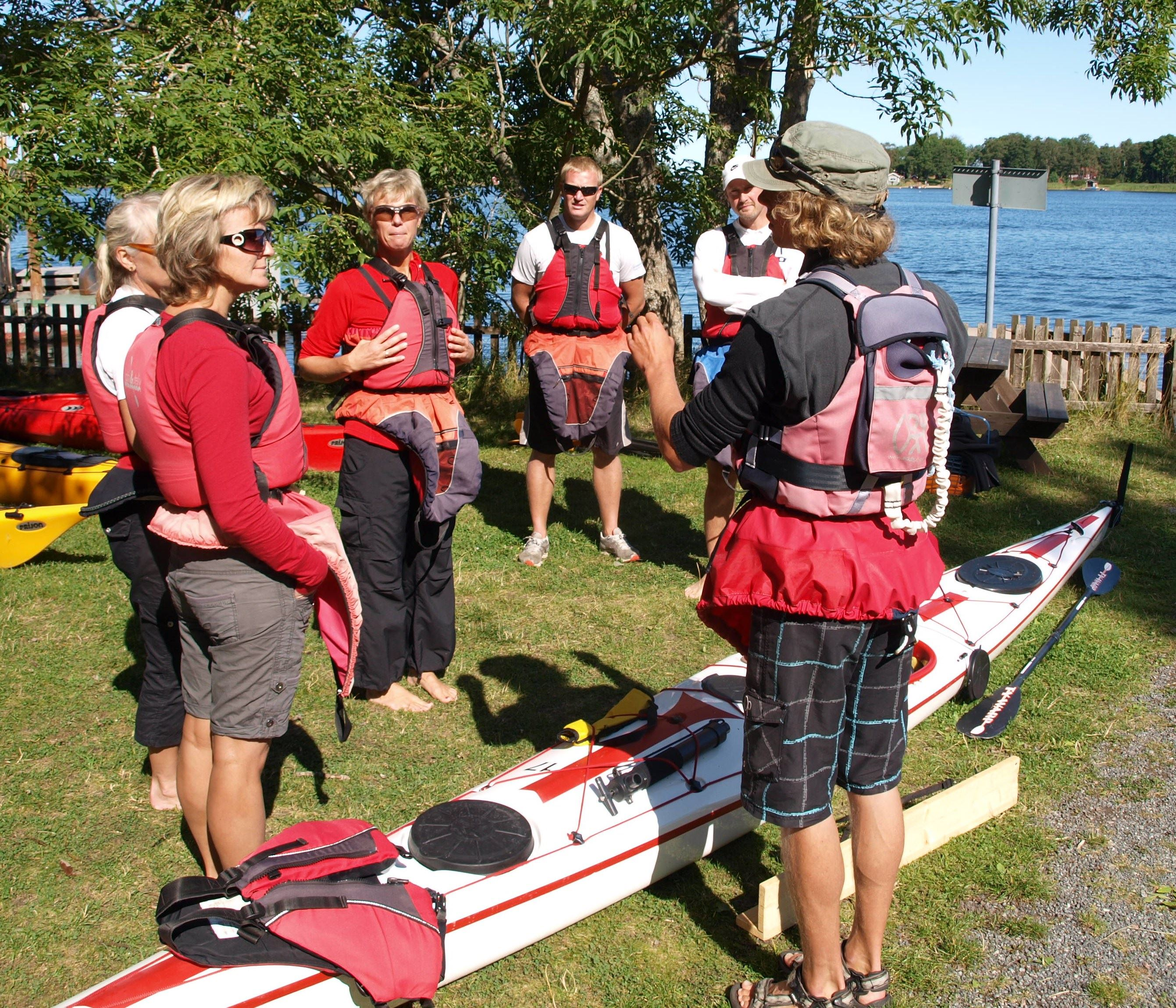 Seakyaking - beginnerscourse in roslagen archipelago with Kajak och Uteliv