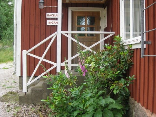 Röda Huset & Backabo Vandrarhem