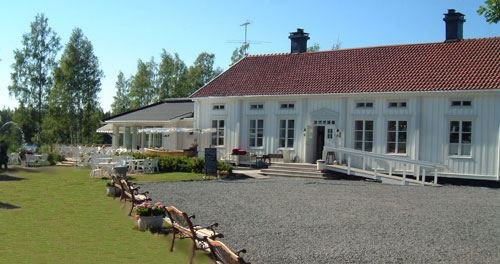 Enjoy the food at Skeppsviks Herrgård