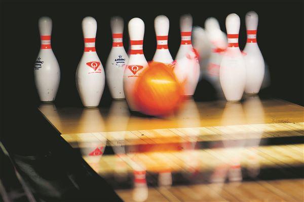 Strike Club Bowling