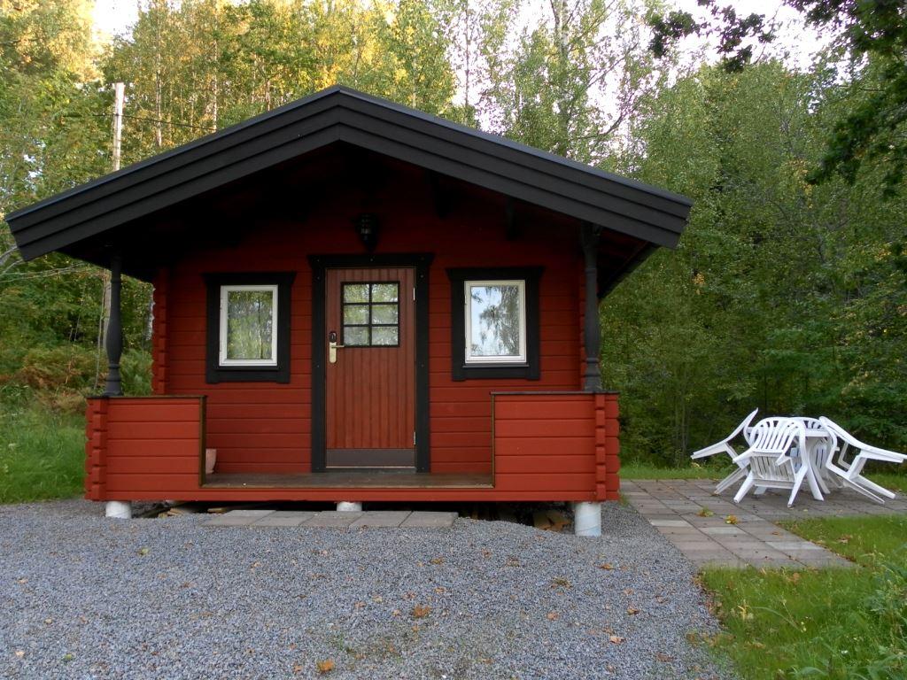 Långsjön Stugor & Camping / Ferienhäuser