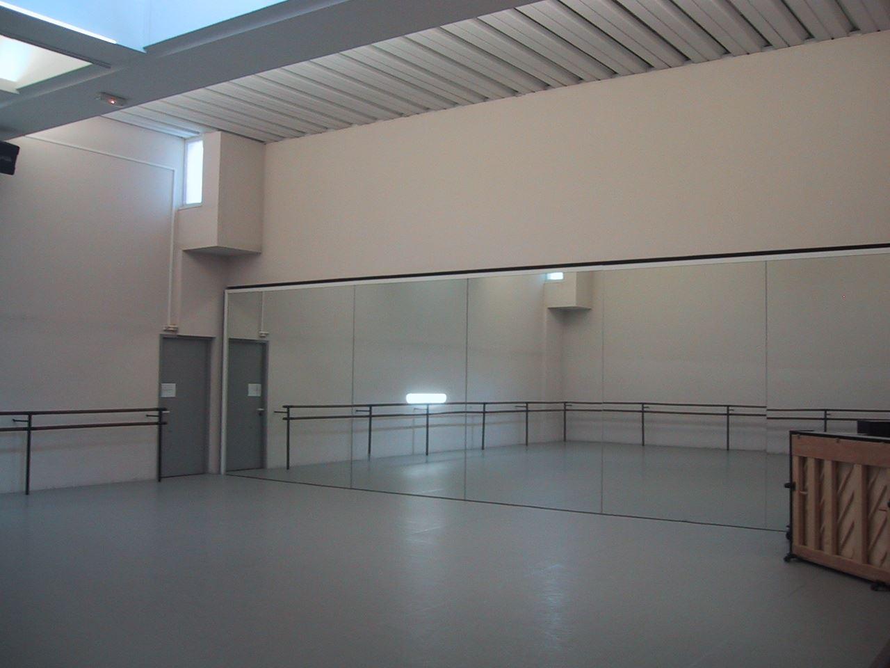 Ballet National de Marseille - Ecole Nationale Supérieure de Danse