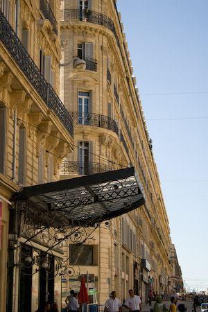 (re)Découverte de la rue de la République