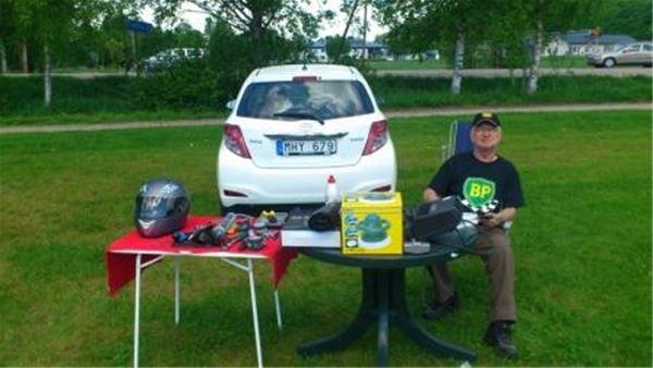 Campingens egen loppisgeneral, bakluckeloppis på lördagar hela sommaren.