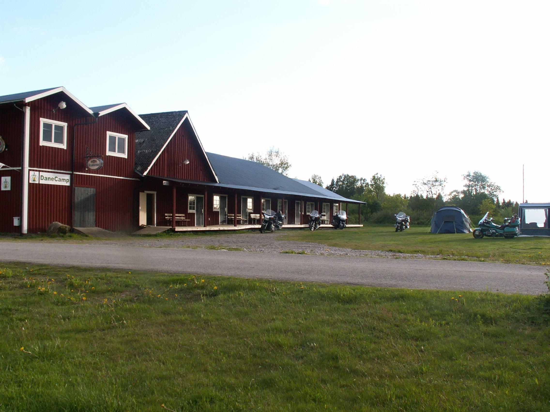 DaneCamp Cottages