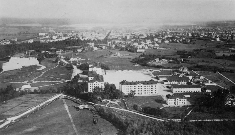 Gävle Stadsarkiv, Vy över Kungsbäck i början av 1910-talet.