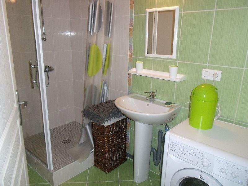 Appartement T3 Lesbordes ***