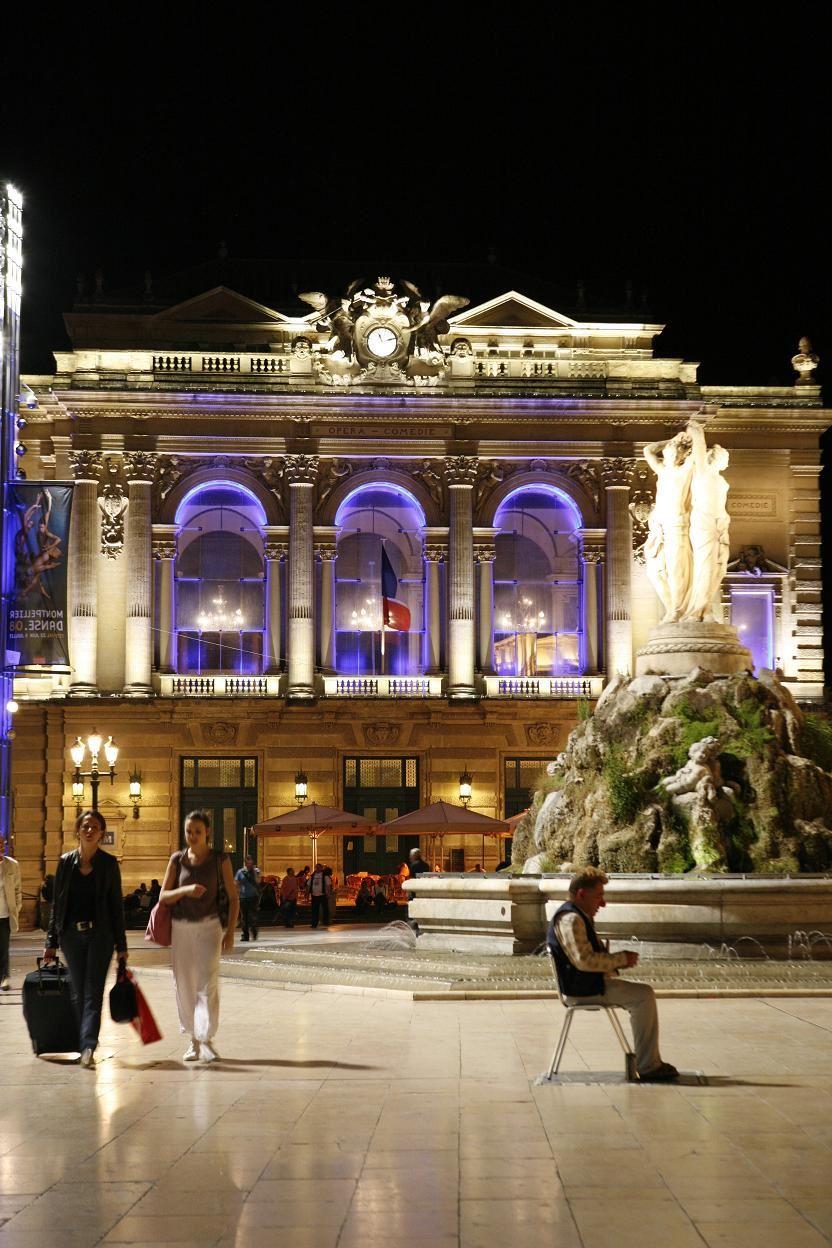 Montpellier nocturno (Visita en francés)