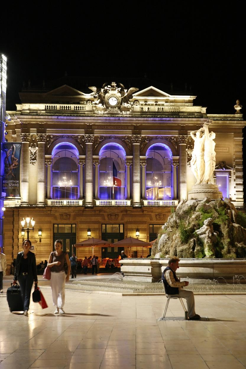 French guided tour - Montpellier by night