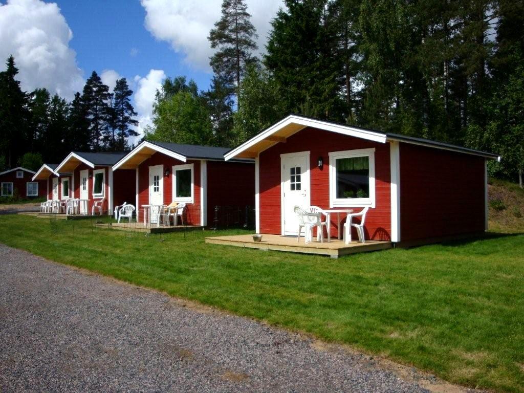 Lovsjöbadens Camping / Stugor
