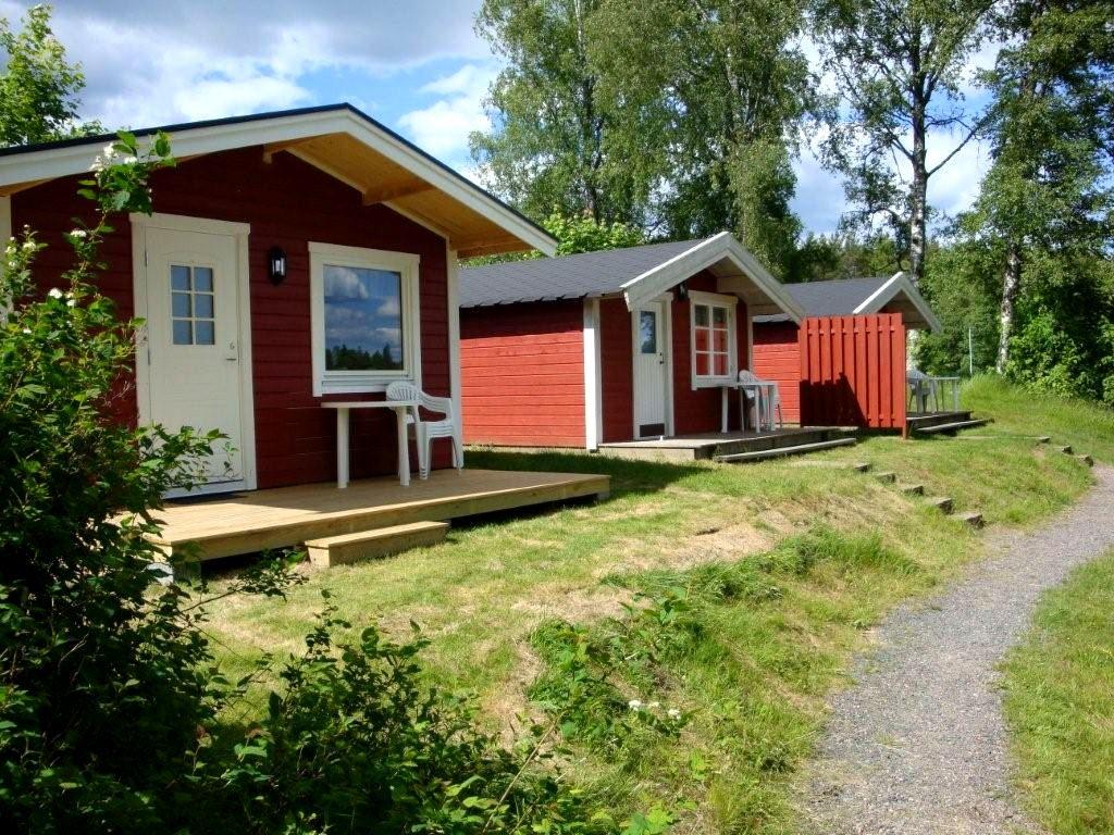 Lovsjöbadens Camping / Ferienhäuser