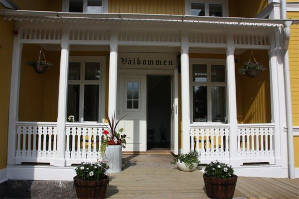 Hedenstugan Bed & Breakfast Hotell