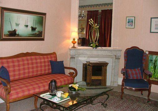 Hosteleria Santa Carlos ( Saint Charles)