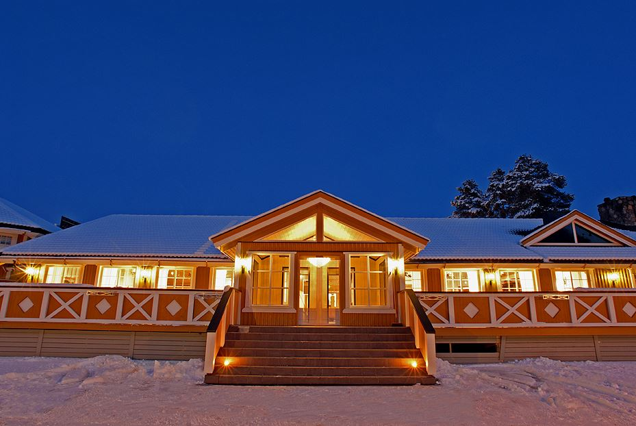 Esben Haakenstad,  © Hafjell Resort, Julestemning på Hafjell hotell.  Vi tilbyr julebord i november og desember.  Dessuten er hotellet åpent i julen.