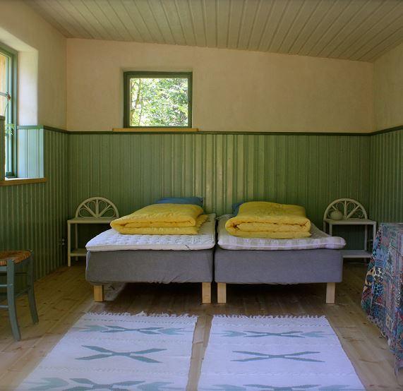 © Ecotopia, Eco-cabins - Ecotopia