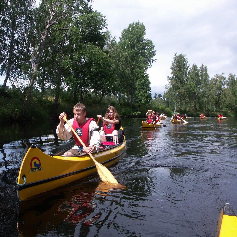 Foto: Adventure of Småland,  © Värnamo Näringsliv AB , Paddla kanot i Värnamo Kommun