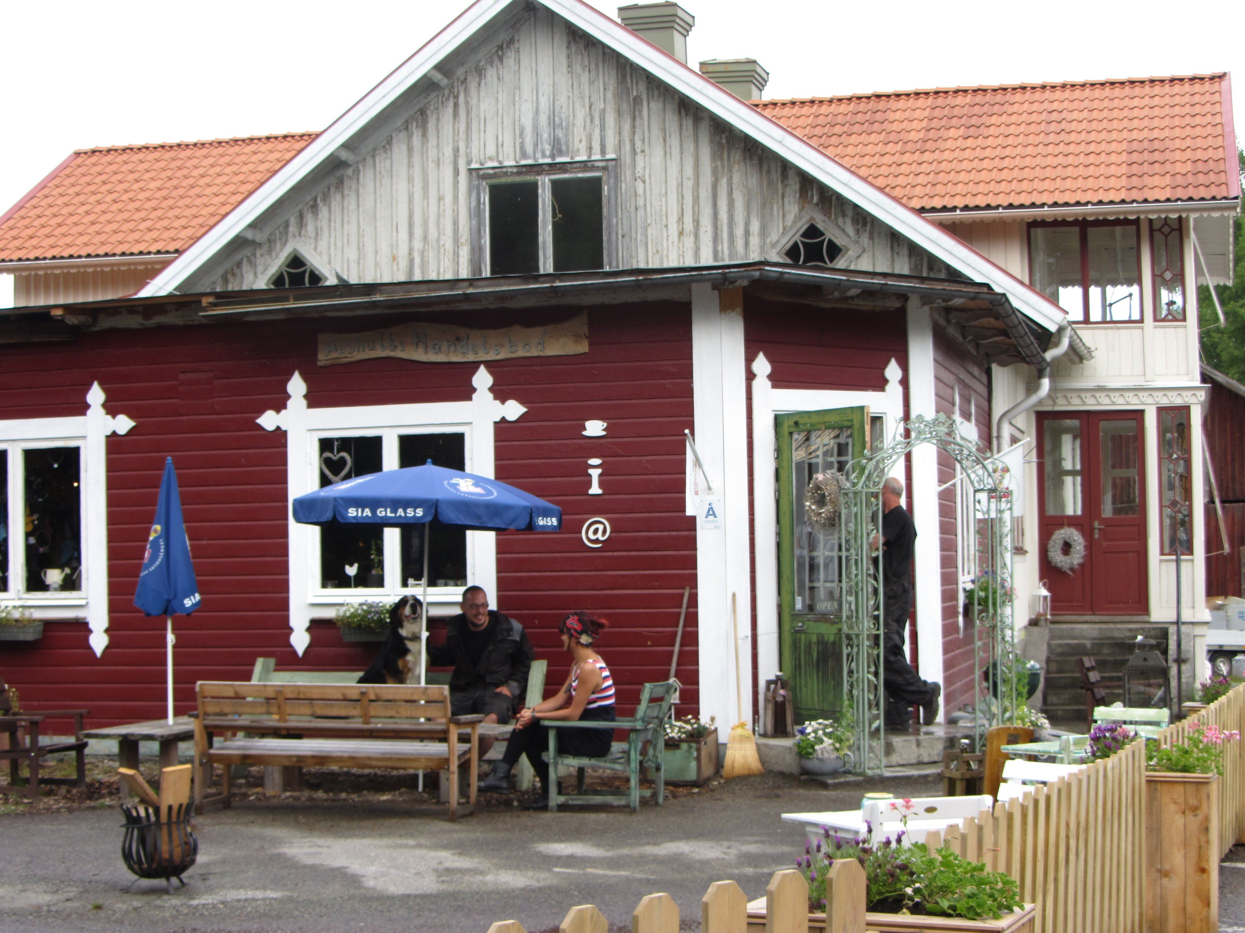 Karin Nilsson,  © Tingsryds Turistbyrå, Ålshults Handelsbod