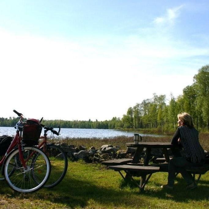 Foto: Lars Sahlin,  © Värnamo Näringsliv AB , Paus i cyklandet