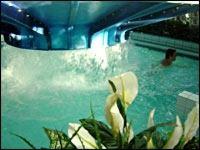 Aquarena, Inomhusbad på Hällåsen