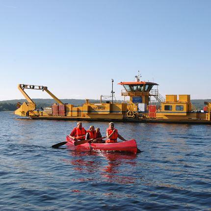 Båt- och kanotuthyrning på Ivön