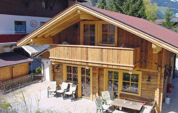 Semesterhus för upp till 8 personer i Mayrhofen (hus nr: ATI888)