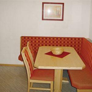 Lägenhet för upp till 4 personer i Mathon (lgh nr: ATI690)