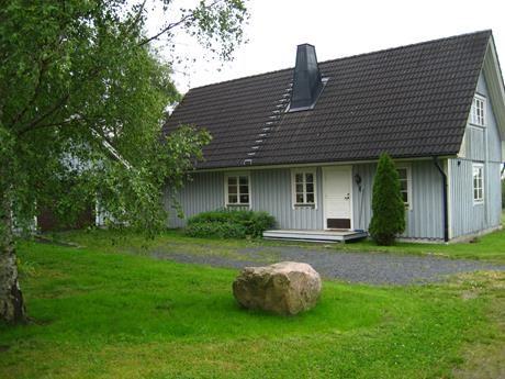 Lena och Roland Johansson, Bäck Lantgård - Grå stugan
