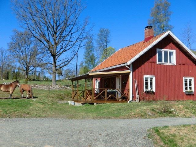 Hanna & Tommy Johansson, Bo på Lantgård - Lilla trulsabo - Live on a farm