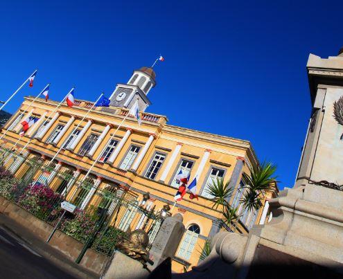 Ancien Hôtel de Ville de St-Denis - Visite officielle Ville d'Art et d'Histoire