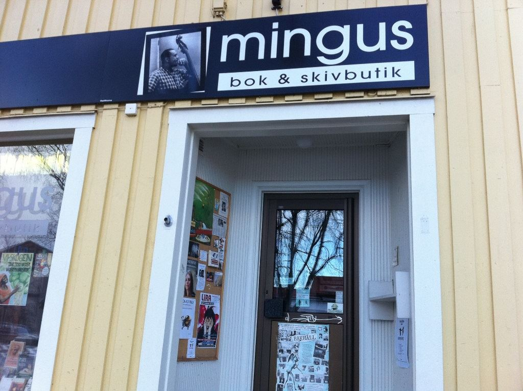 Mingus Book and CD-store