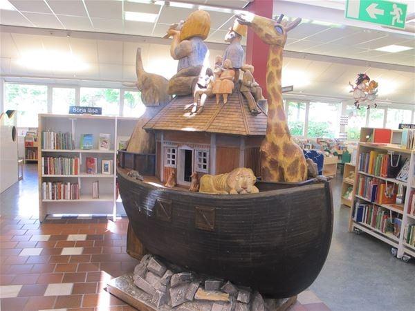 Sagostunder på biblioteket i Lidhult