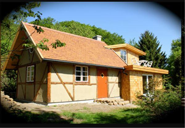 © Ecotopia på Österlen, Eco-cabin at Ecotopia: Fäboden