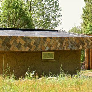 © Ecotopia på Österlen, Straw bale cabins at Ecotopia