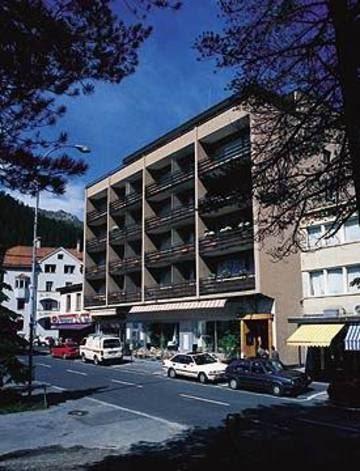 Hotel Loeffler - St. Moritz